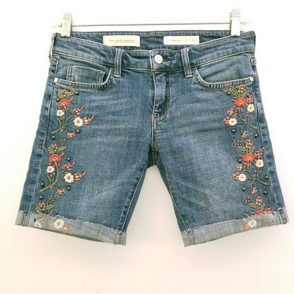 Anthropologie Pants - Anthro Pilcro Blue Floral Embroidered Cutoff Short